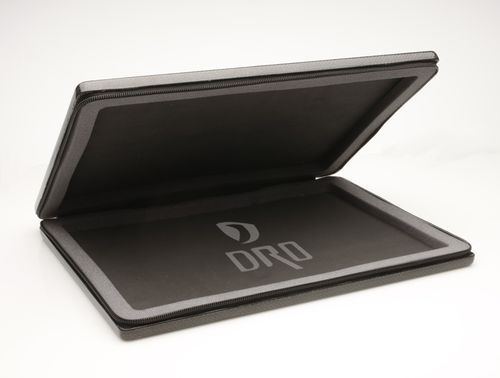 Macbook-carbon-fiber-case